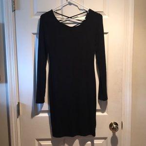 Forever 21 long sleeve criss cross back dress
